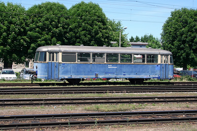 2) 7081 018 at Wels Hbf on 27th May 2005