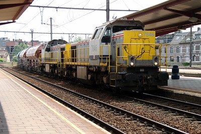 7846 & 7837 at Hasselt on 10th June 2013