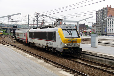 2) CFL, 3005 at Liege Guillemins on 10th June 2013