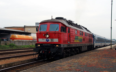 1) GySEV, 651 003 (92 53 0651 003-1 ex DB 232 559) at Repcelak on 7th October 2013 working IC922