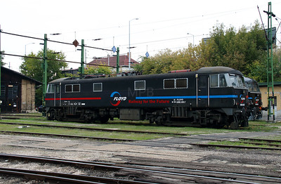 4) Floyd, 450 001 (91 55 0450 001-7 H-FLOYD ex UK 86248) at Budapest Keleti Floyd Depot on 7th October 2013