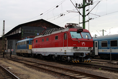2) ZSSK, 350 020 (91 56 6350 020-4 SK-ZSSK) at Budapest Keleti Depot on 7th October 2013