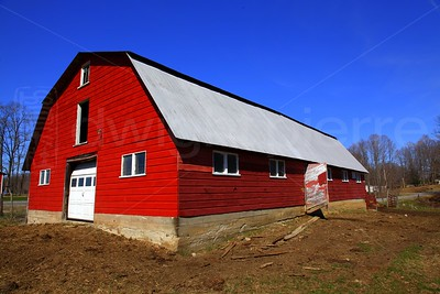 Red Barn / The Adirondacks Collection / 2009 Spring