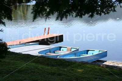 blue row boats