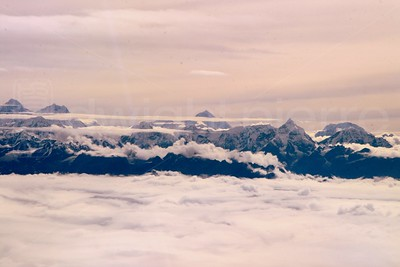 mount everest / top of the world