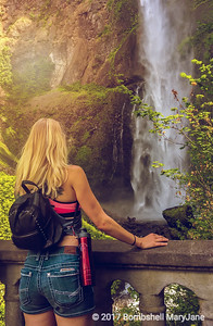 Multnomah Falls Waterfall