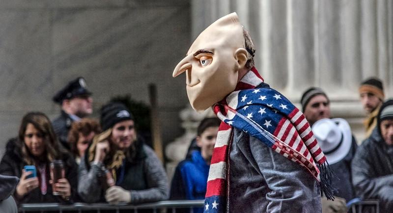 Felonius Gru, Flag Scarf, Election Year