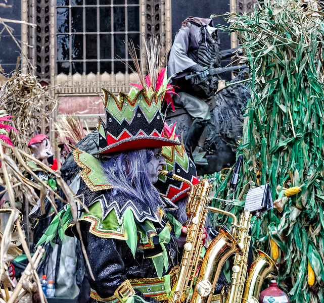Saxophone String Band Marcher, Headless Horseman
