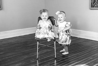 Elsie & Abby-4b&w