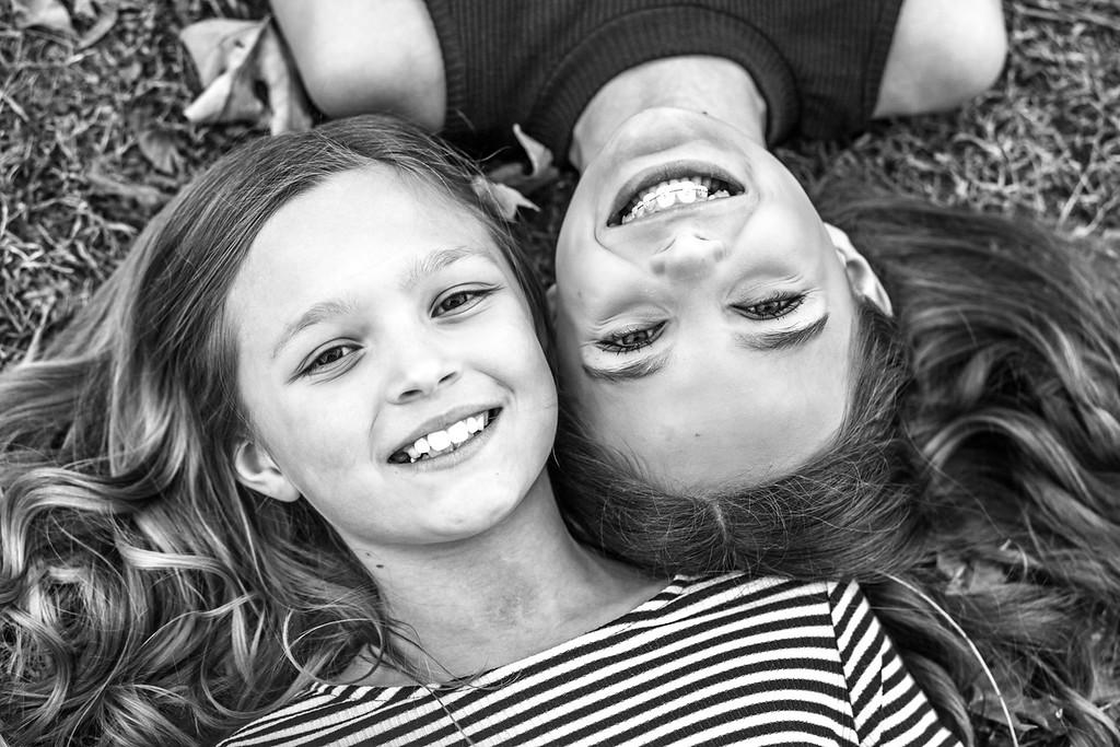 Emma & Addy 2016-4b&w