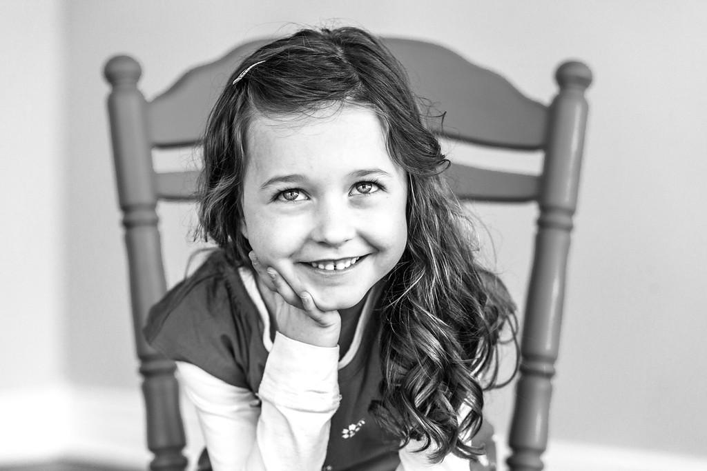 Olivia 1-2016-17b&w