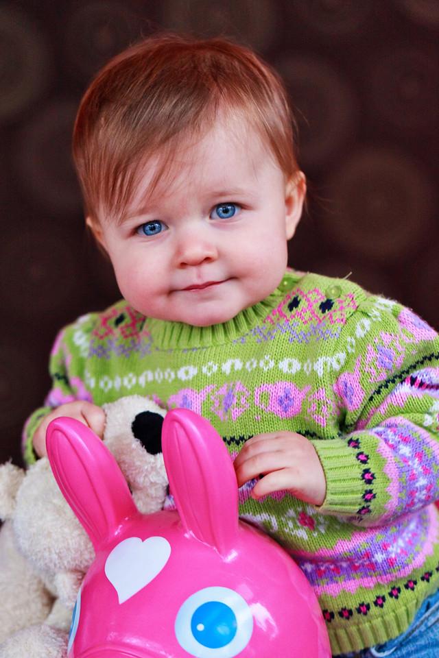 Olivia 1 year Pics-6