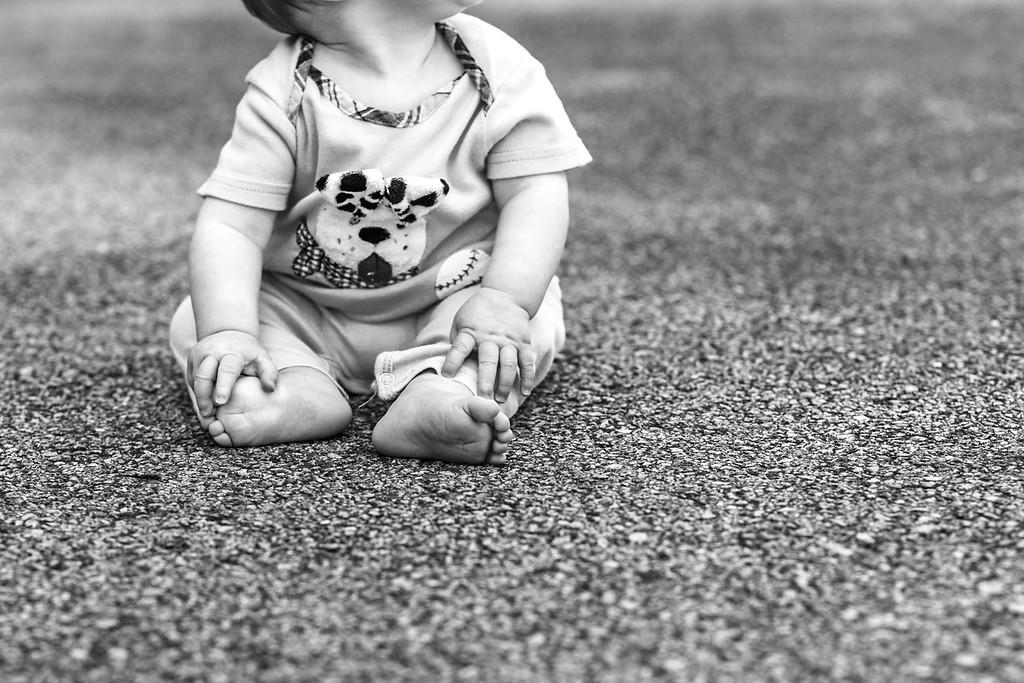 Elliot, 9 months-17b&w