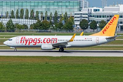 Pegasus Boeing 737-82R TC-AIS 9-13-19 2