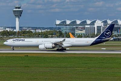 Lufthansa Airbus A340-642 D-AIHI 9-13-19