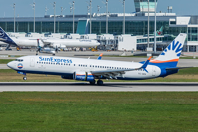 SunExpress Boeing 737-8HC TC-SEN 9-13-19