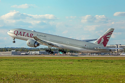 Qatar Airways Boeing 777-3DZ(ER) A7-BEW 9-12-19