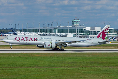 Qatar Airways Boeing 777-3DZ(ER) A7-BEN 9-13-19