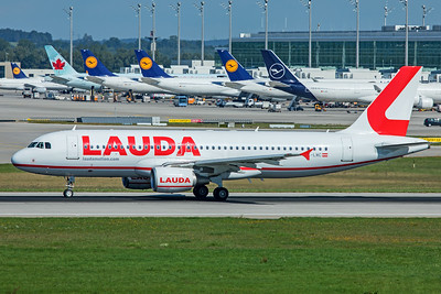 LaudaMotion Airbus A320-214 OE-LMC 9-13-19
