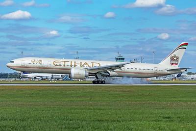Etihad Airways Boeing 777-3FX(ER) A6-ETL 9-12-19