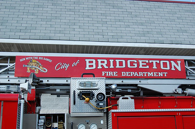 Bridgeton Ladder 705