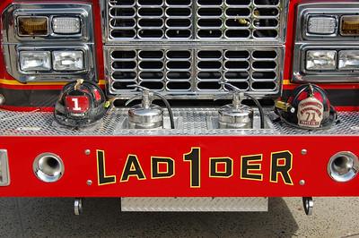 Commack NY Ladder 1