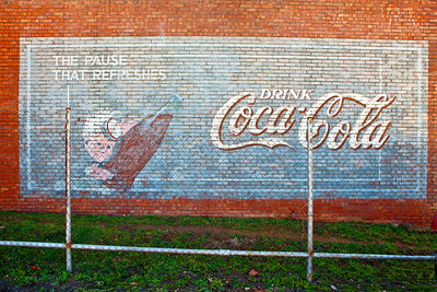 Coke Mural Behind a Fence Graham TX_1516