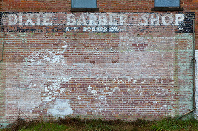Old Coke Mural Dixie Barber Shop Camden AR_8449