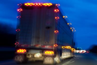Trucking on Interstate 57S Illinois_9343