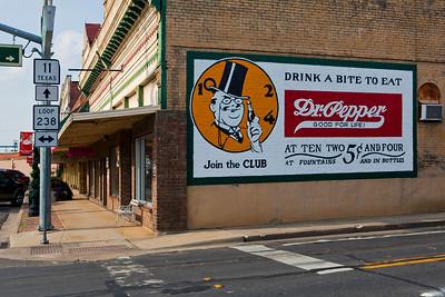 Dr Pepper Mural Pittsburg TX_0150