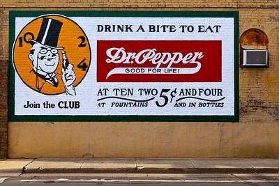 Dr Pepper Mural Pittsburg TX_0146