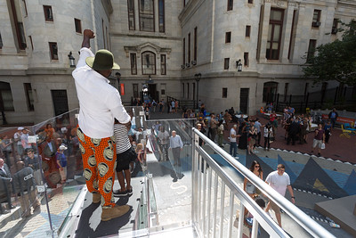 Monument Lab Opening Day event at Philadelphia City Hall, September 16, 2017. Photo by Steve Weinik.