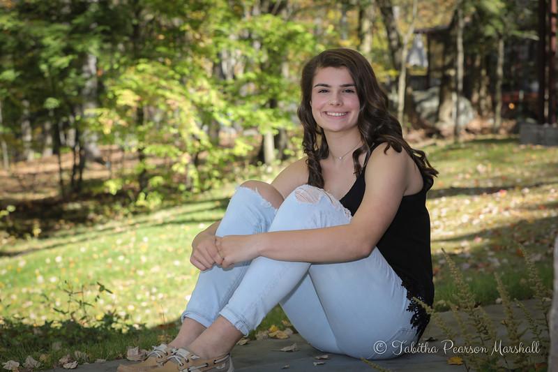 KelseyMurphySeniorPics-171022-003