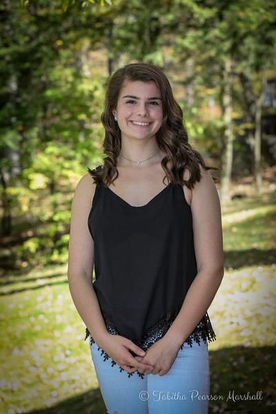 KelseyMurphySeniorPics-171022-002