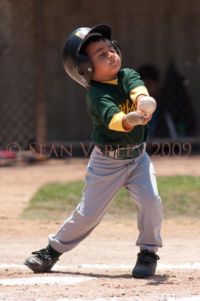 2009.05.17 MRLL Tball As vs Yankees 024
