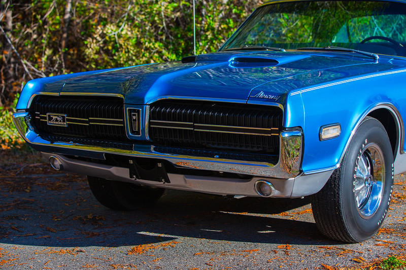 1968 Cougar GTE XR7 427 Side Oiler front grill.