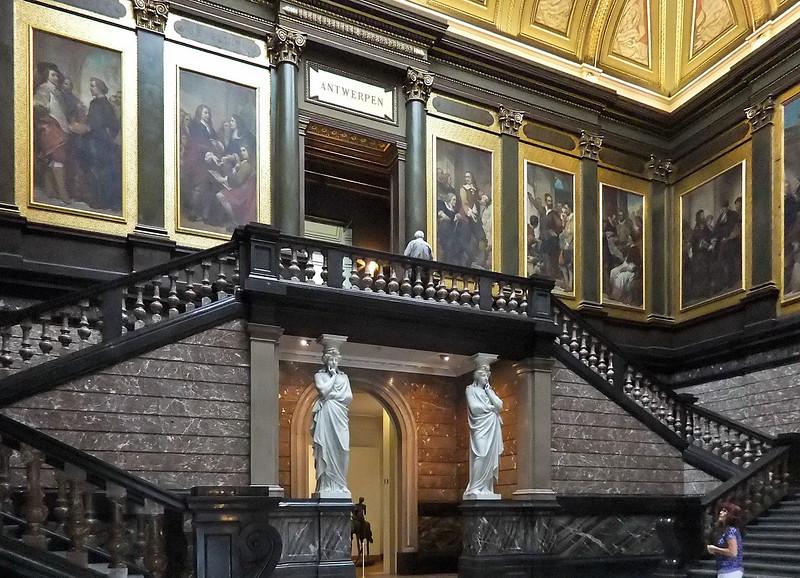 Antwerpen, Museum der Schönen Künste: Treppenhaus