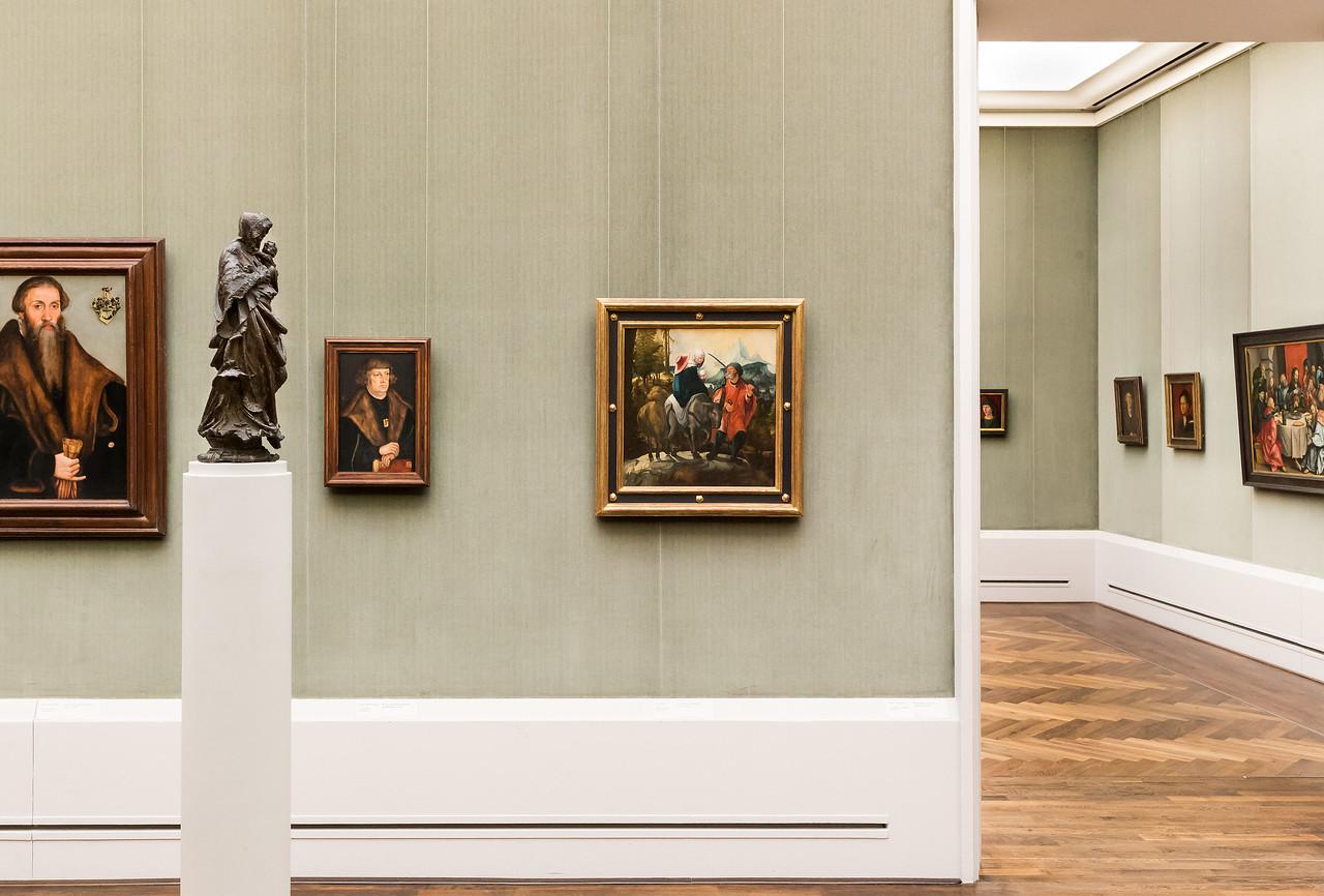 Bronzemadonna von Hans Leinberger in Raum 3 (Cranach d.Ä. + d.J, W. Huber) [Gemäldegalerie Berlin]