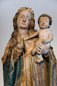 Meister H.W.: Maria mit Kind; Lindenholz; Fassung orig.; um 1505 u; aus der ehem. Georgskirche in Waldkirchen bei Zschopau; Schlossbergmuseum Chemnitz