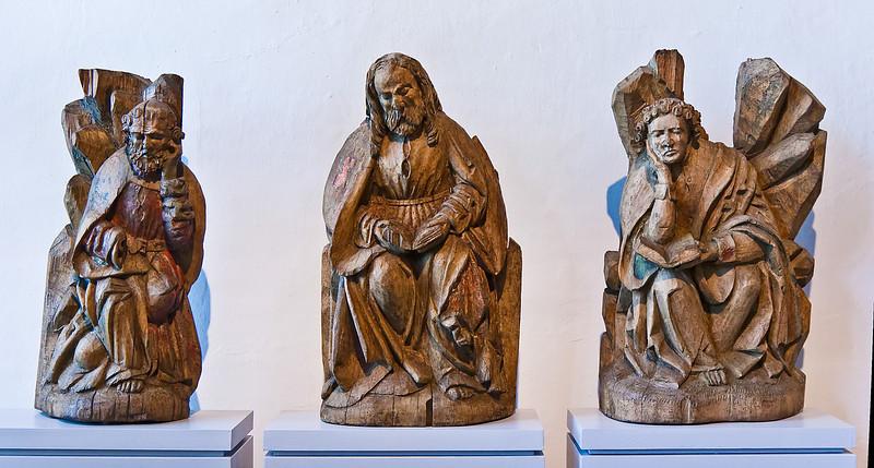 Petrus, Jakobus der Ältere und Johannes von einer Ölberggruppe; um 1500; Laubholz, Reste von Fassung; aus Weistropp bei Dresden; Schlossbergmuseum Chemnitz