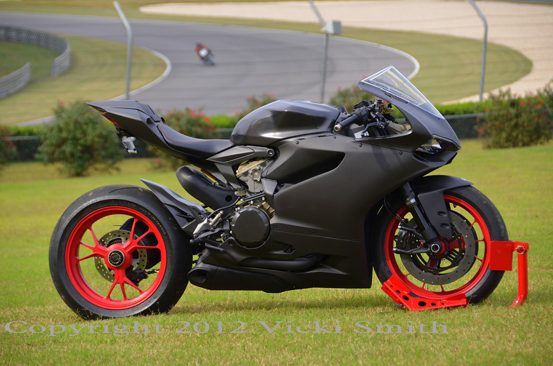 showstopper - 1199 panigale all carbon custom - ducati