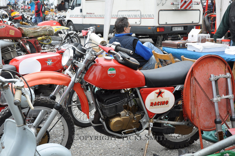 I'd never seen a Laverda scrambler before