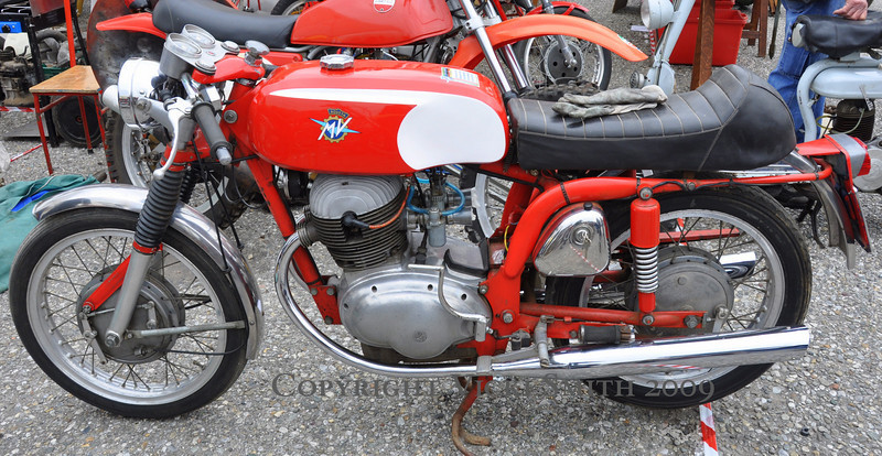But what there is the most of is bikes like this in various conditions.  MV's and Ducati's, Motobi's and Moto Guzzi's, this years fair had the best selection we had seen in years