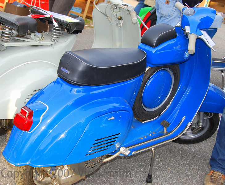 """This is a Vespa """"Dummy Tank"""". Rare as can be, this restored beauty was your's for 4000 euros"""