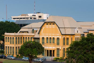 Bang Khun Phrom Palace