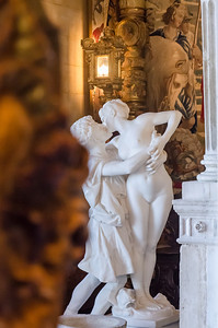 Stolen kiss at Hearst Castle