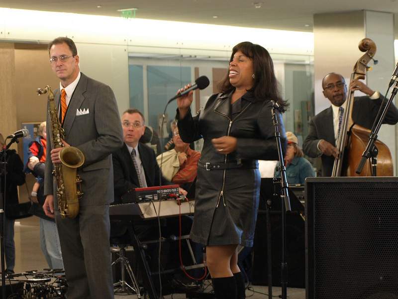 Smithsonian jazz ensemble played hits from the American Songbook.