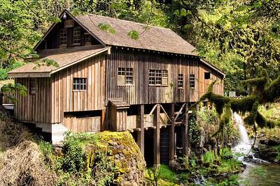 Cedar Creek Grist Mill     Sigma 18-50mm f/2.8 EX DC