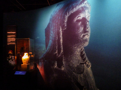2012-07-31 Cleopatra exhibition-1000850