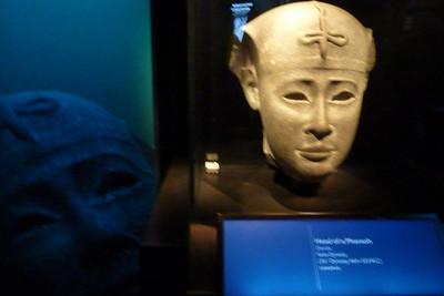 2012-07-31 Cleopatra exhibition-1000831